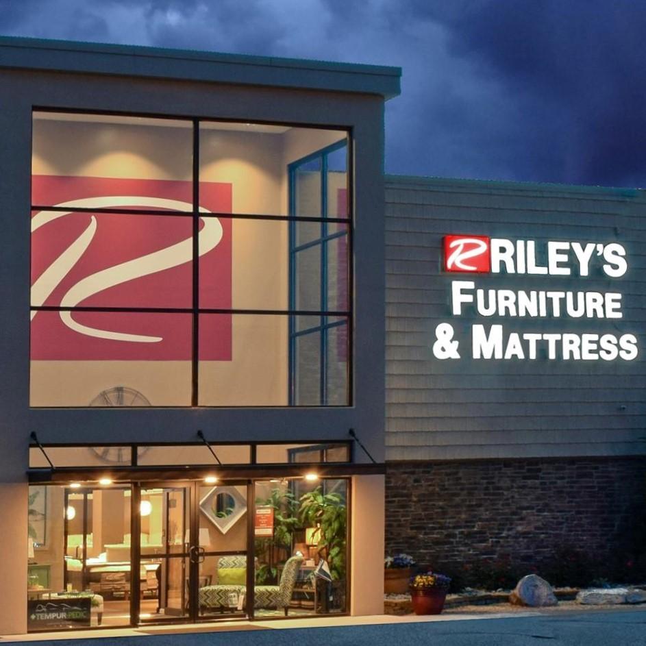 Riley's Furniture & Mattress